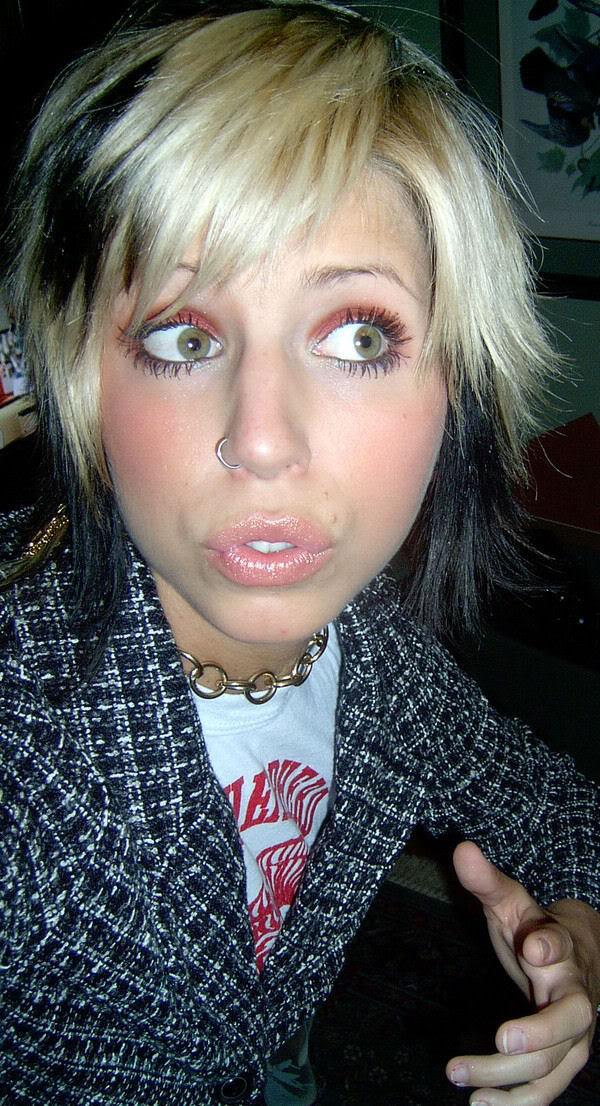 mcolsoqo: Blonde Emo Hairstyles 2010