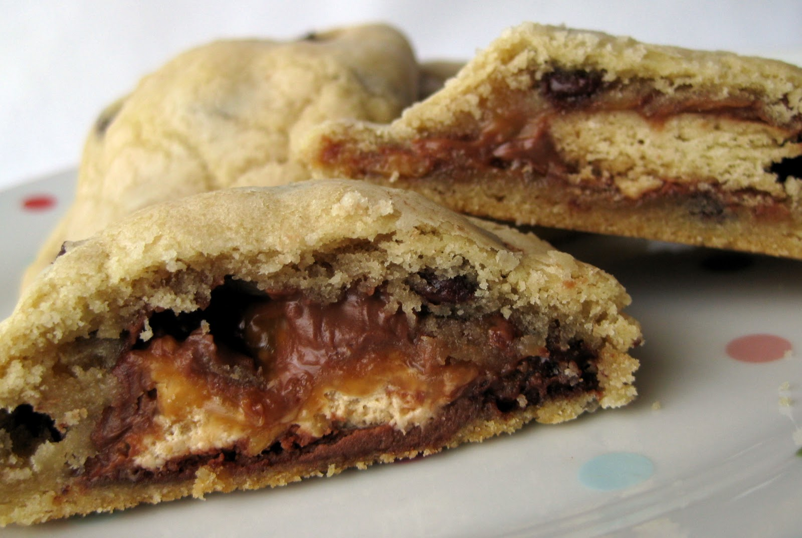 In the Long kitchen: Candy Bar Chocolate Chip Cookie Sandwiches