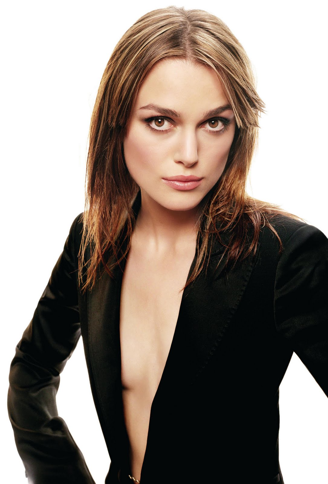 http://3.bp.blogspot.com/_S6R70kUnxi0/TE_MYqnTZlI/AAAAAAAAAe0/mTggDIaqMOM/s1600/Keira-Knightley-Blowing+Hot+photos+%2810%29.jpg