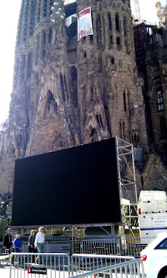 Big Screens at Sagrada Familia - Barcelona Sights Blog