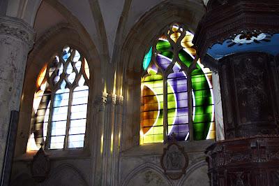 Vitralls de l'Església de Sant Pere i Sant Pau, de Villenauxe-la-Grande.