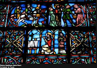 Detall d'un vitrall del Cor de l'Abadia de Saint Rémi, a Reims (segle XIII).