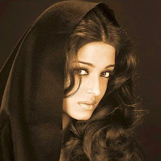 Aishwarya Rai Latest Romance Hairstyles, Long Hairstyle 2013, Hairstyle 2013, New Long Hairstyle 2013, Celebrity Long Romance Hairstyles 2442