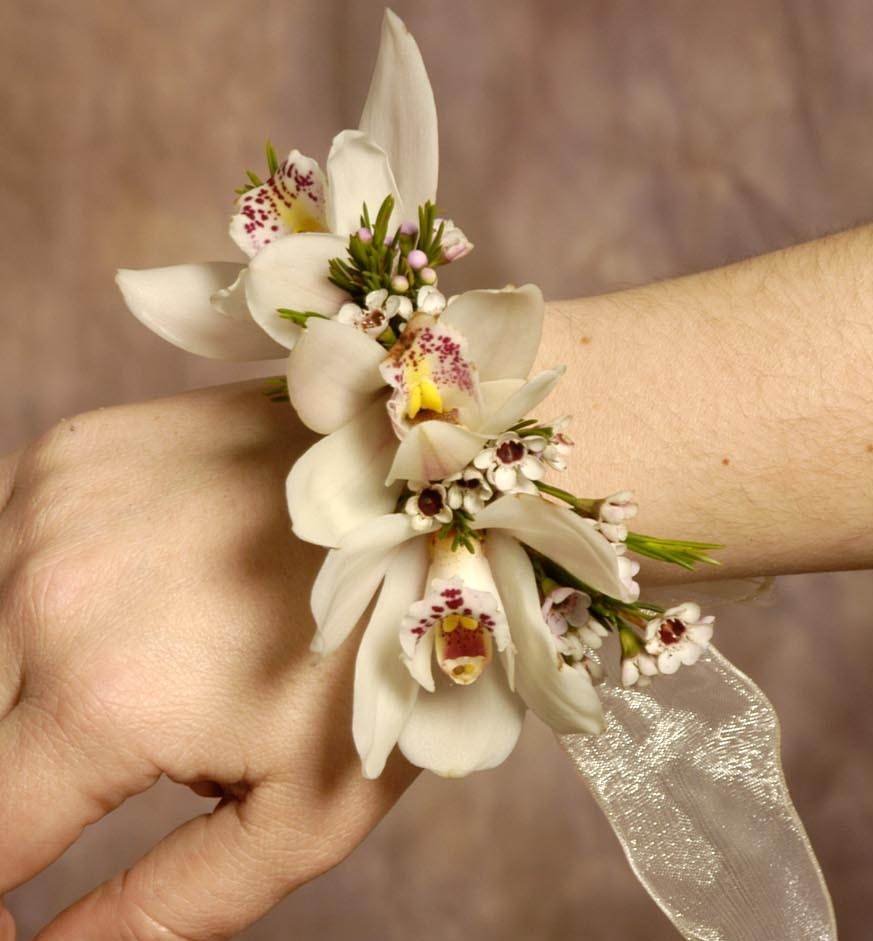 Wedding Flowers And Corsages : Sassy s journey to happiness weeding corsages
