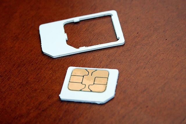 iphone sim karte herausnehmen