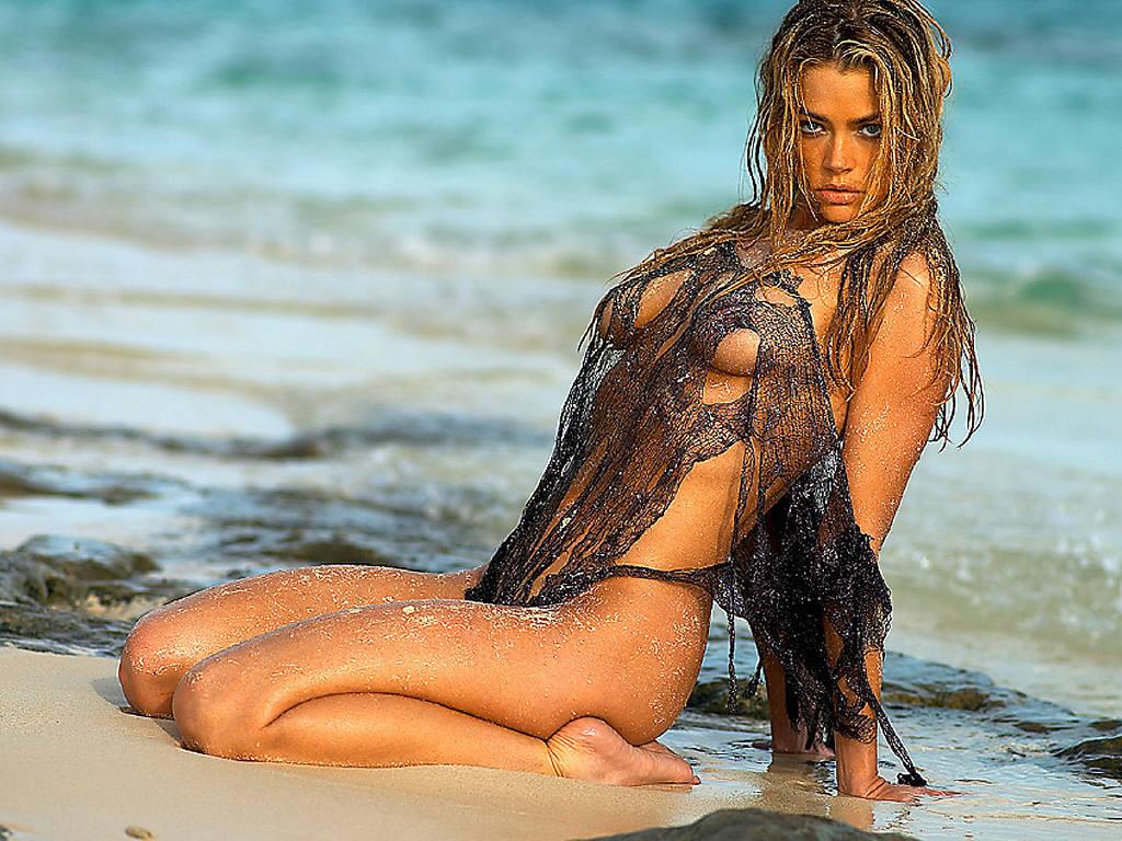 http://3.bp.blogspot.com/_SEHwRxTbjZ0/TU02c7Y483I/AAAAAAAAD04/JDc8JxR6las/s1600/Denise+Richards+%25289%2529.JPG