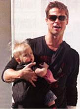 Brad Pitt gør det også