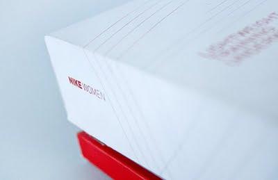 売れるパッケージングを作る方法:ナイキ Nike Women