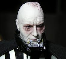 Darth Vader o el Coco sin maquillaje??