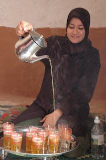 Morrocan Tea Pouring