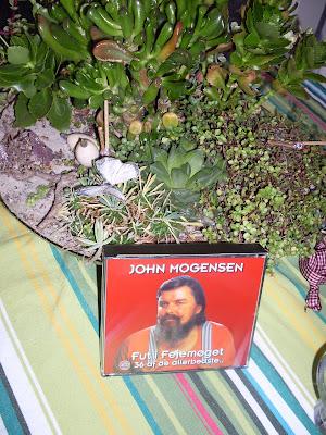 John Mogensen - Hvad Pokker Ska' Jeg Gøre / Ursula