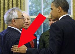 [Image: Cincin+Kawin+Barack+obama1.jpg]