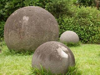 Enigmas y misterios sin resolver Esferas_de_piedra_costa_rica