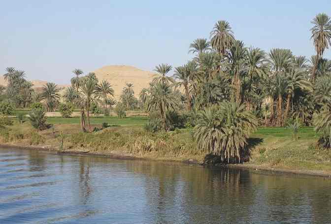 بعد مغادرة بحيرة فيكتوريا، يعرف النيل