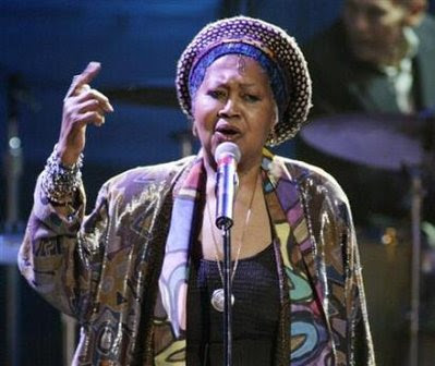 Odetta sings 'Jim Crow Blues'