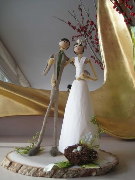 20 Unique Wedding Cake Toppers   Austin Wedding Blog