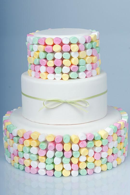 BrideTide Blog - Wedding Resource: Marshmallow Wedding Cakes!