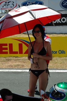 sentul girls3 Indonesia sexy umbrella girls with bikini