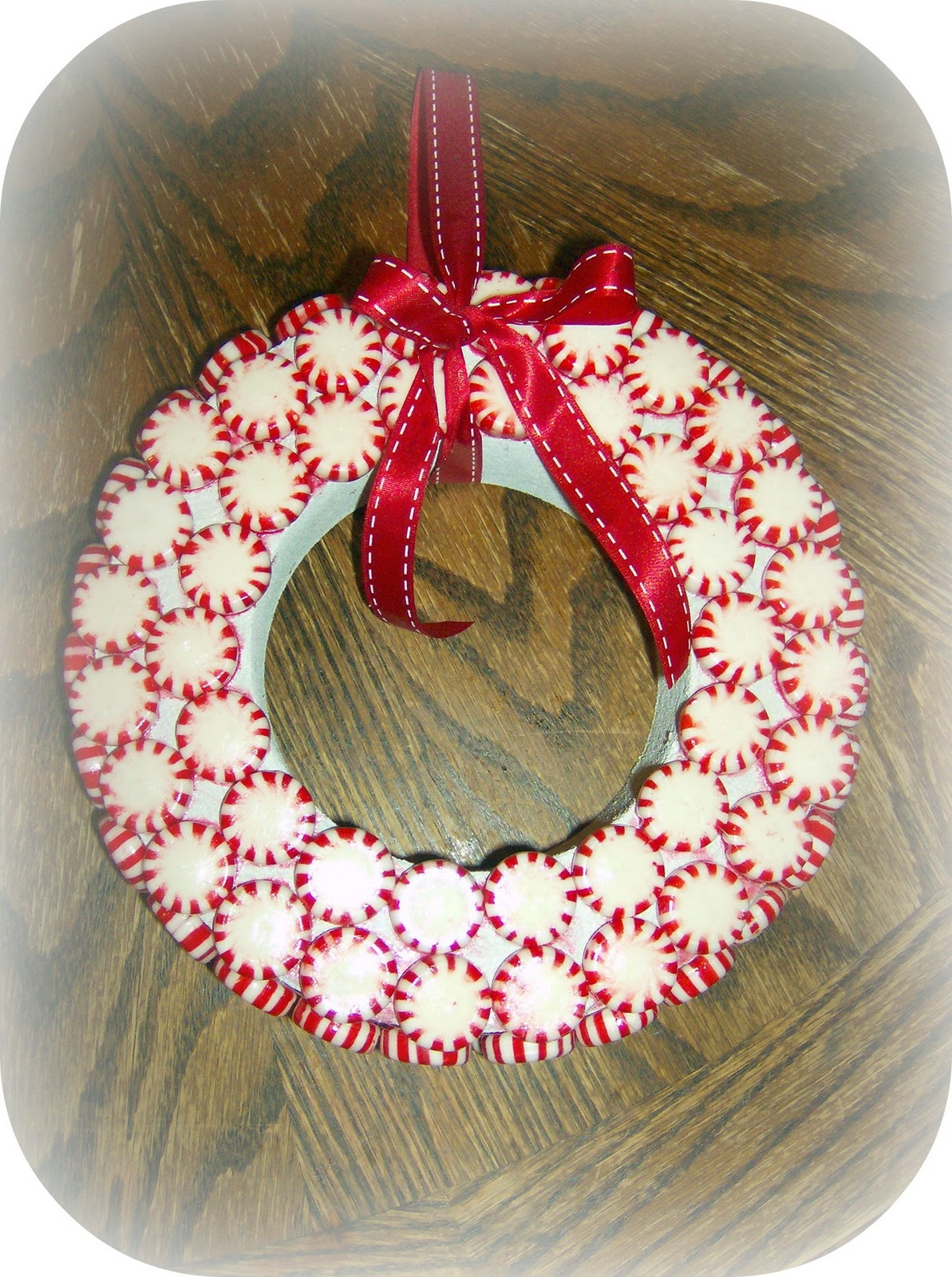candy wreaths how to make