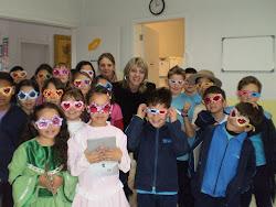 Com os criativos alunos da Escola Professor Nandi