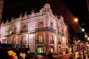 Historias de la historia de mexico city for Casa de los azulejos en mexico