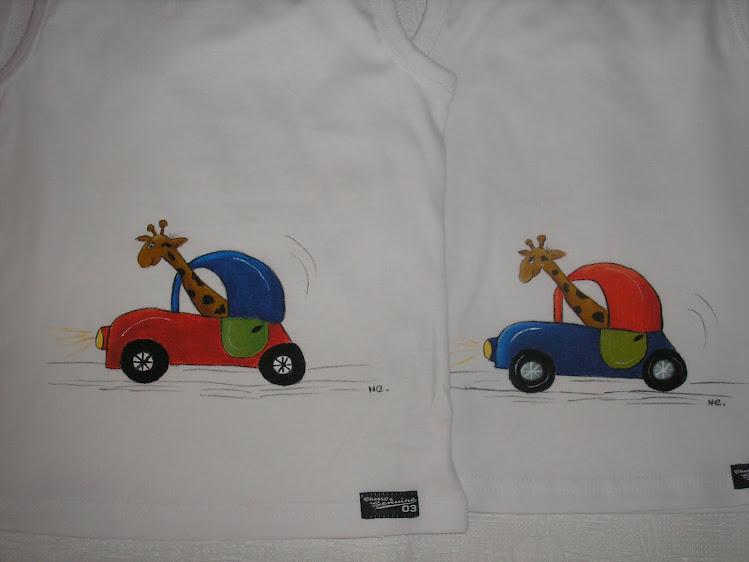T-shirts de carro com girafa