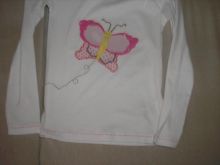 T-shirt com borboleta
