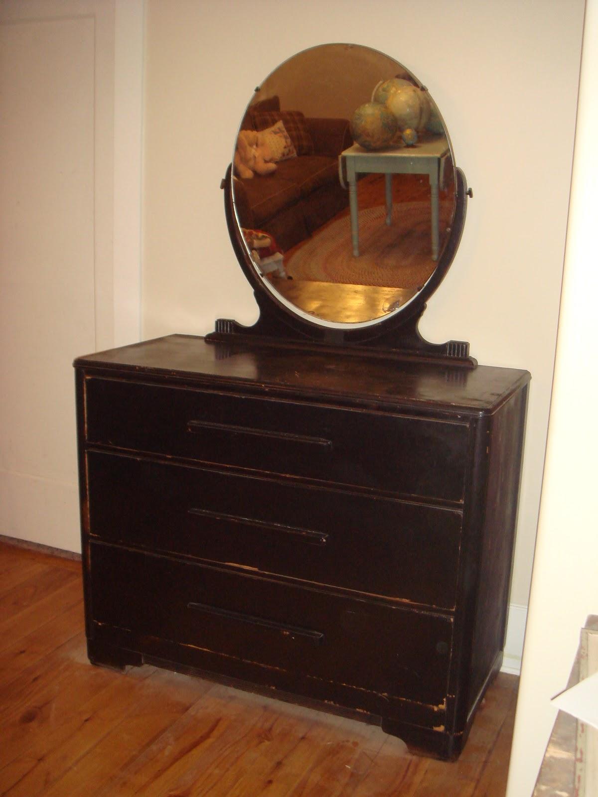 Copperstar Furniture Black Art Deco Dresser With Mirror