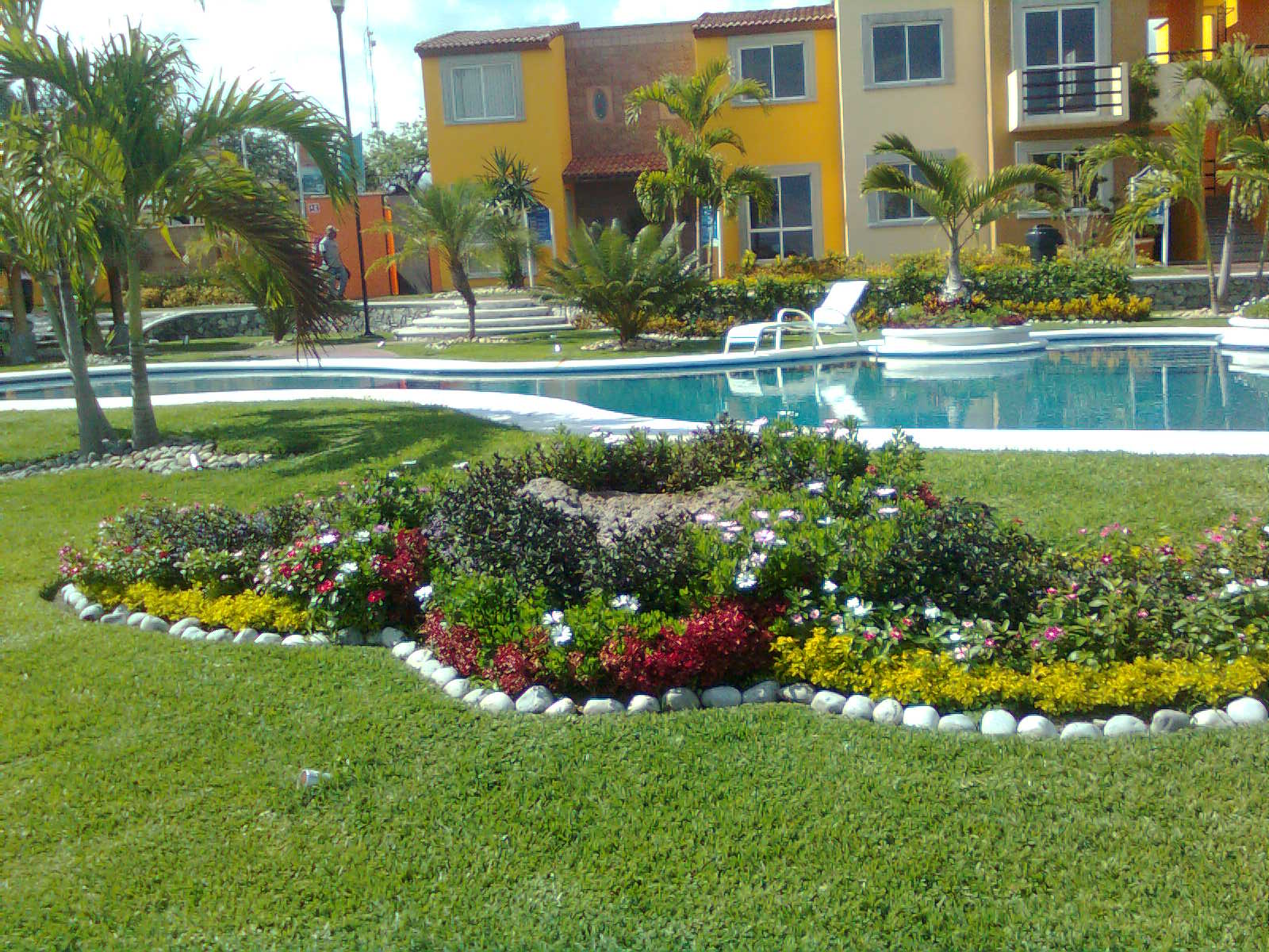Creaciones en dise o de jardines chegue jardines for Diseno jardines