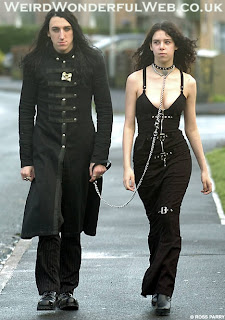 IMAGE:Goth couple