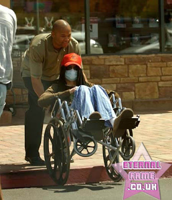 IMAGE: Michael Jackson in a wheelchair