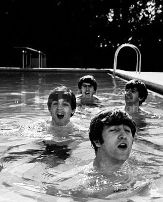 Beatles, John Lennon, Paul McCartney, George Harrison, Ringo Starr, Beatles History, Beatles Pool Swimming, Beatles Photos,
