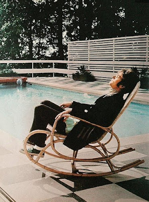 John Lennon, John Lennon Swimming Pool, John Lennon Sleeping