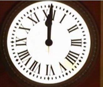 Pasaporte ele diciembre 2010 for Reloj de puerta del sol