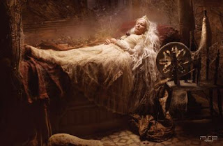Bella Durmiente esperando
