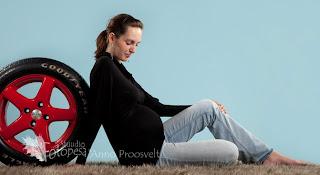 beebiootel naine autorehviga