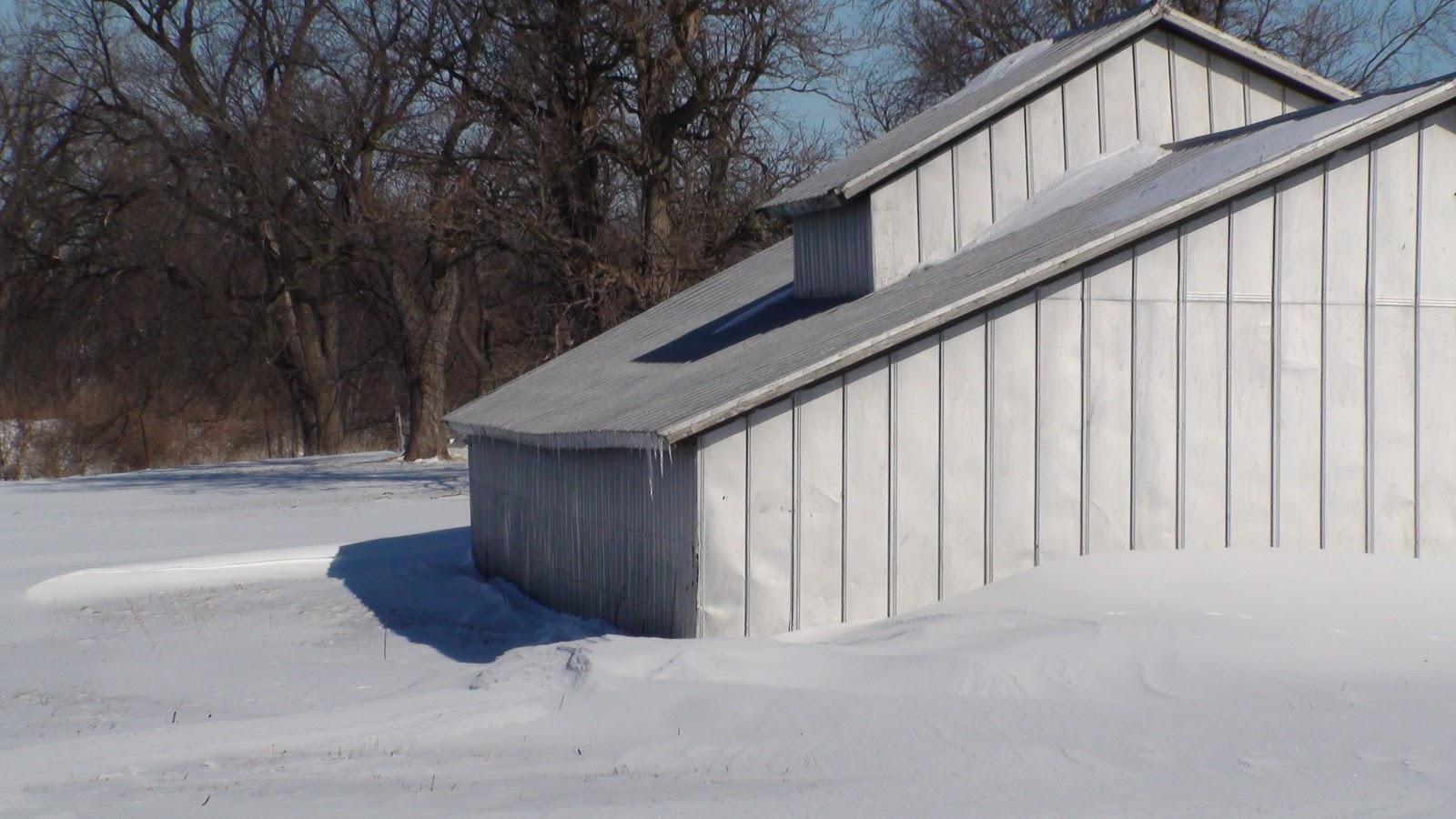 Illinois will county manhattan - Drifting Snow Around A Farm Building In Manhattan Illinois