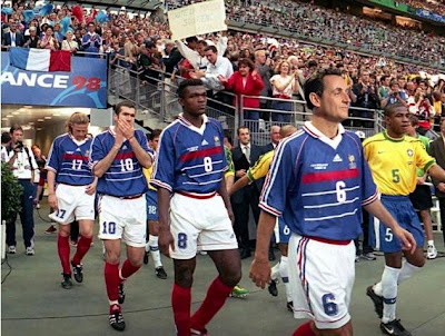Cornadas para todos sarkozy el presidente omnipresente - Joueur coupe du monde 98 ...