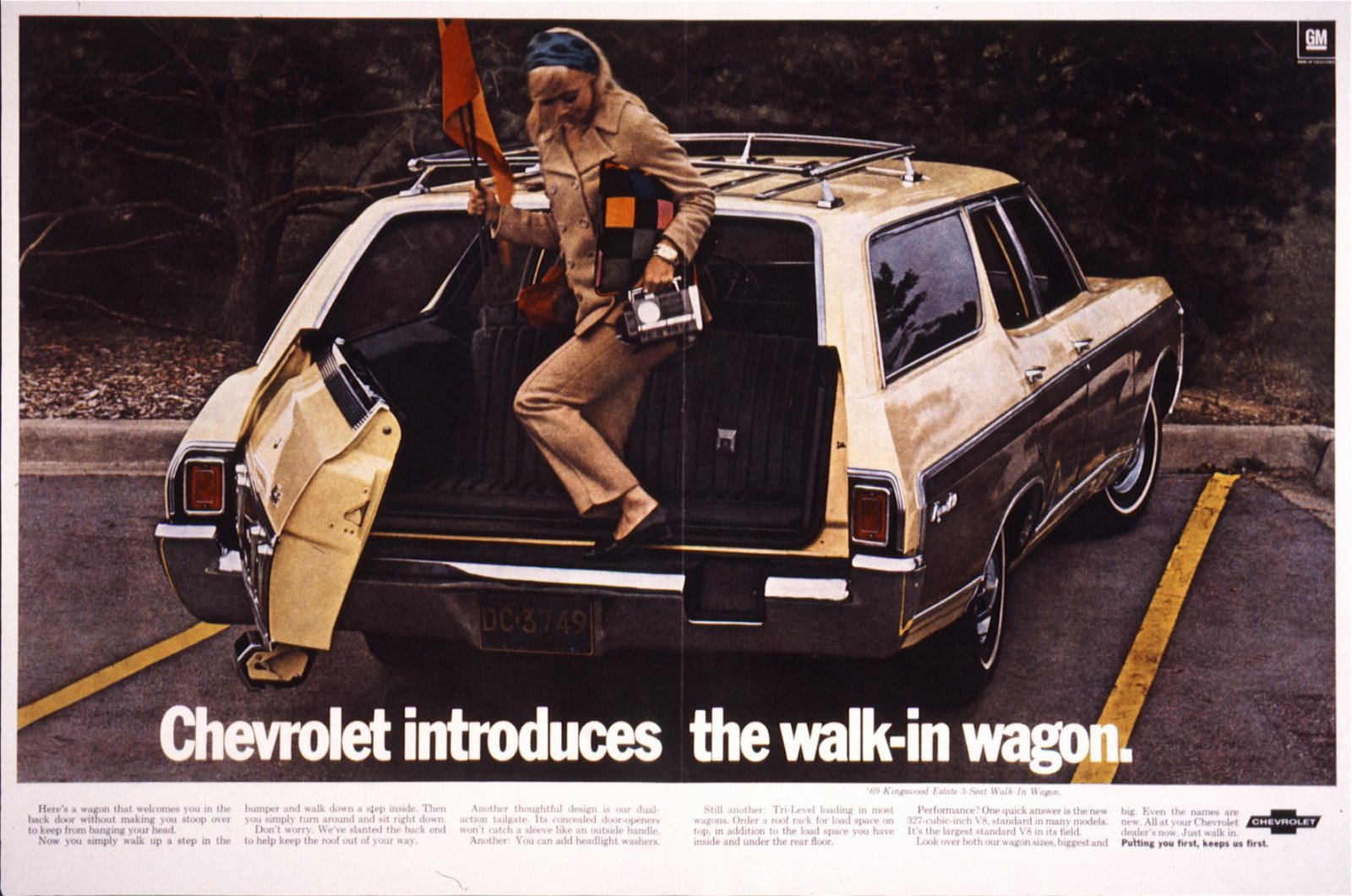['69+Walk-in+Wagon+Mag+spread]