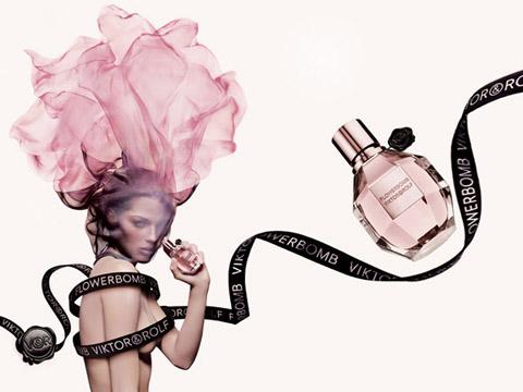 A splash of Viktor & Rolf's Flowerbomb Perfume