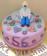 56 Yaş Pastası