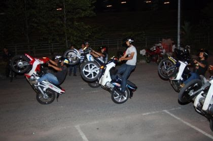 A Mat Rempit Is Malaysian Term For An Individual Who Participates In Illegal Street Racing Usually Involving Underbone Motorcycles Colloquially Known