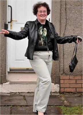 Susan Boyle Three Moon Wolf