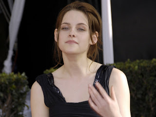 Kristen Stewart Twilight wardrobe and makeup