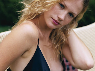 free non watermarked wallpapers of january jones at fullwalls.blogspot.com