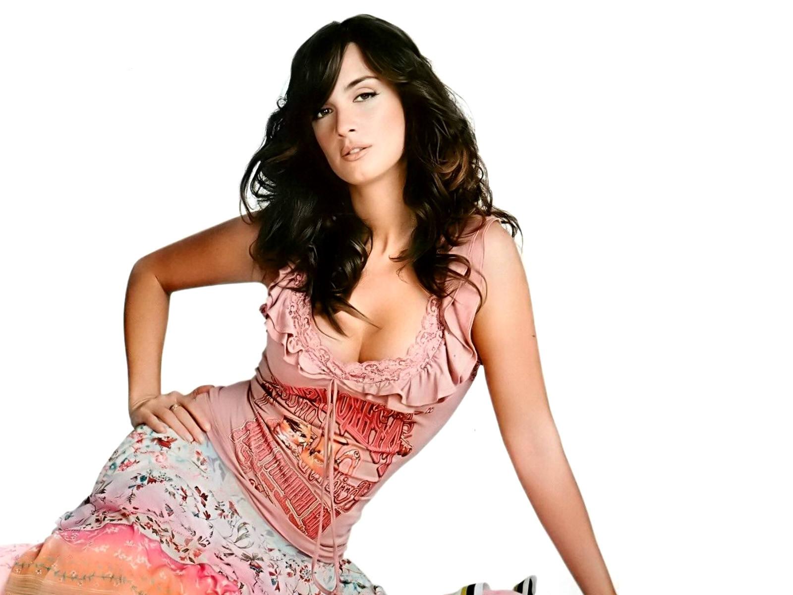 http://3.bp.blogspot.com/_Si7zjQmZnm4/SZW7zCuHCpI/AAAAAAAABRU/CF03trHCrK4/s1600/Fullwalls.blogspot.com_Paz_Vega%2813%29.jpg