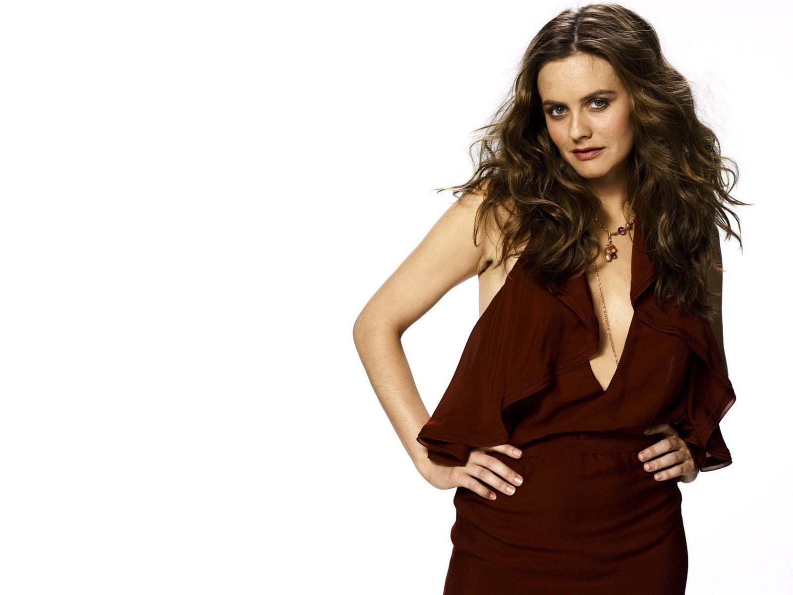 Free wallpapers without watermarks of alicia silverstone at fullwalls
