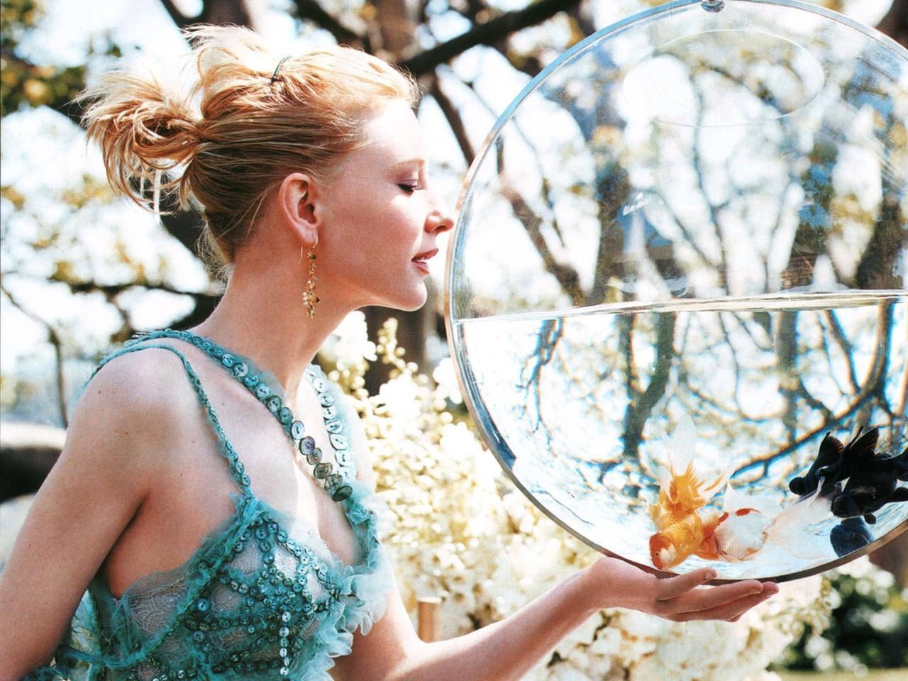 http://3.bp.blogspot.com/_Si7zjQmZnm4/SpC0YYirB4I/AAAAAAAAEtU/6iEZskPcQ6s/s1600/Fullwalls.blogspot.com_Cate_Blanchett%2819%29.jpg