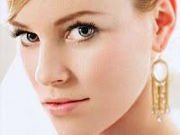 Elizabeth Banks 1