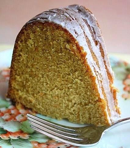 ... Winter Loves Sweet Potato Pound Cake with Cinnamon Cream Glaze